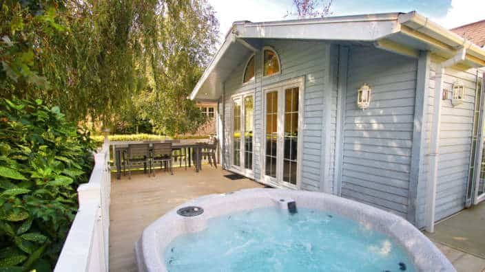 Shorefield Country Park Lodge Exterior Decking Hot Tub